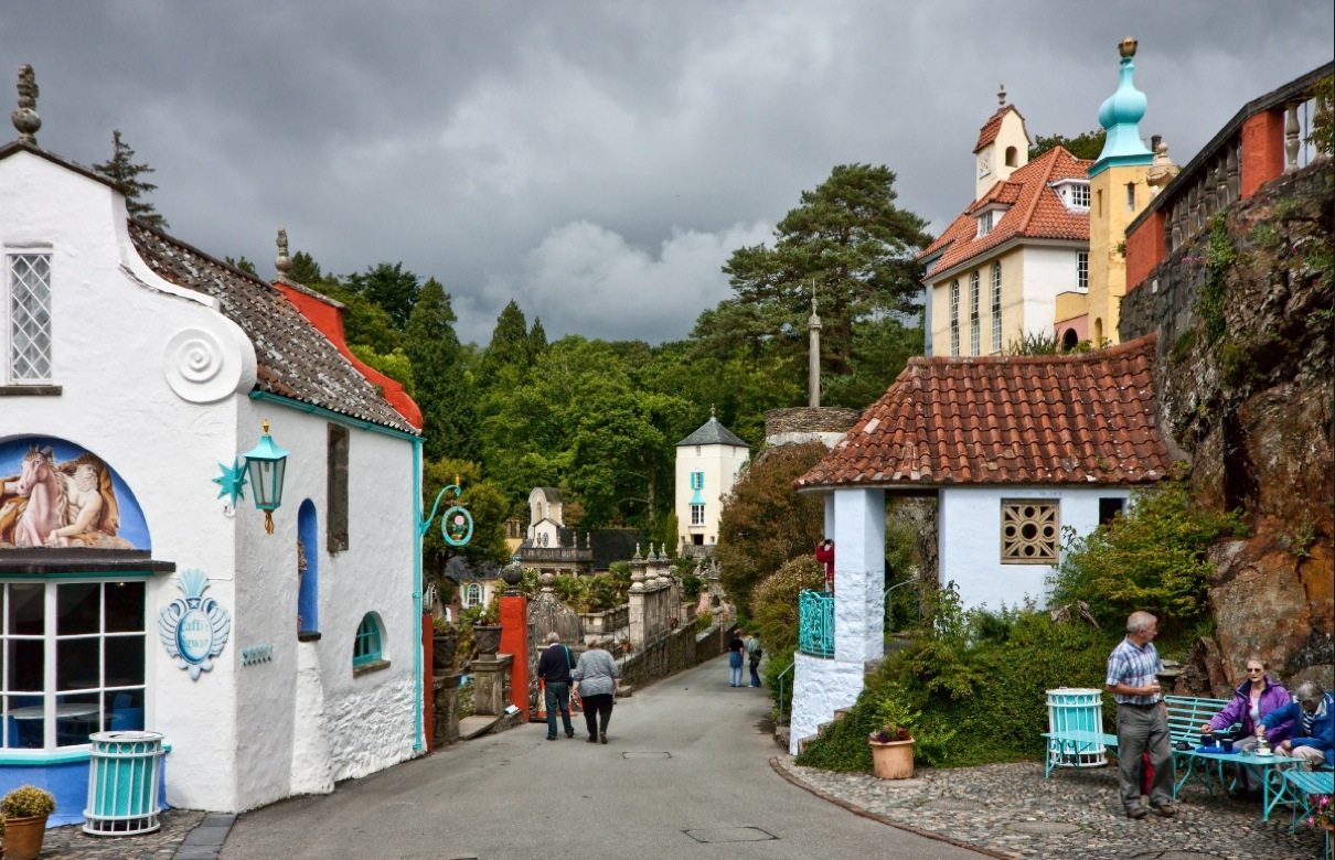 portmeirion places to visit